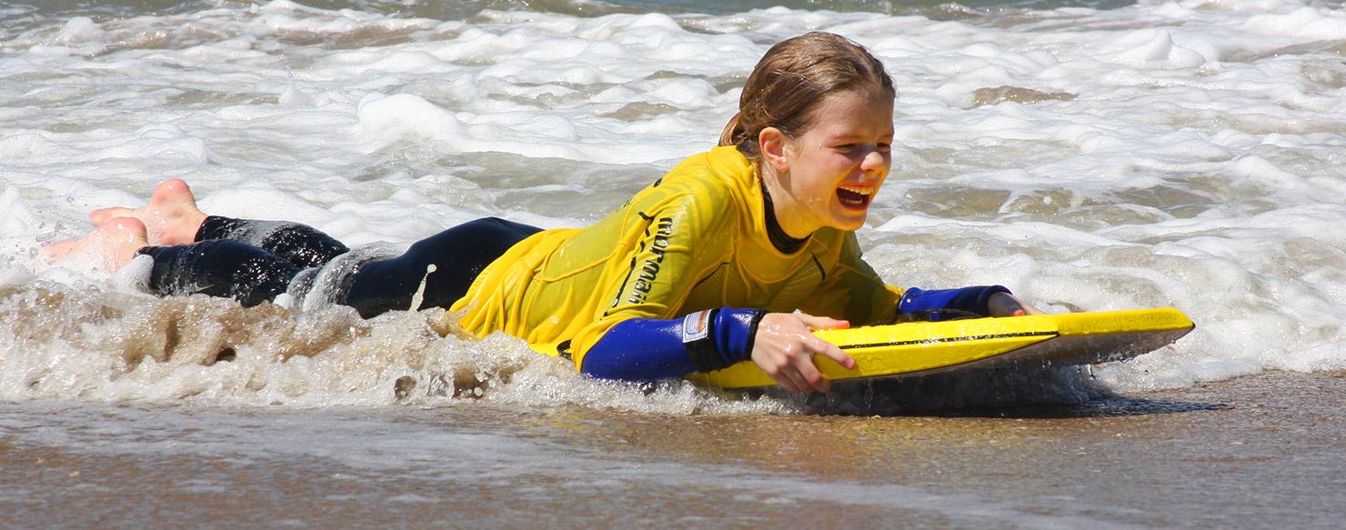 bodyboarden-aan-zee